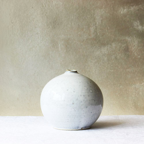 vase - white [sold out]