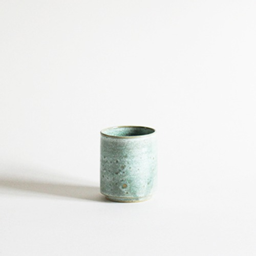 cup - pastel green